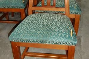食卓椅子(ダイニングチェア)の張替え例 【施工前】